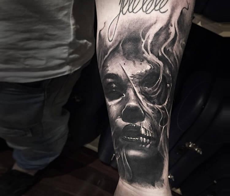 Horror face tattoo by Benjamin Laukis