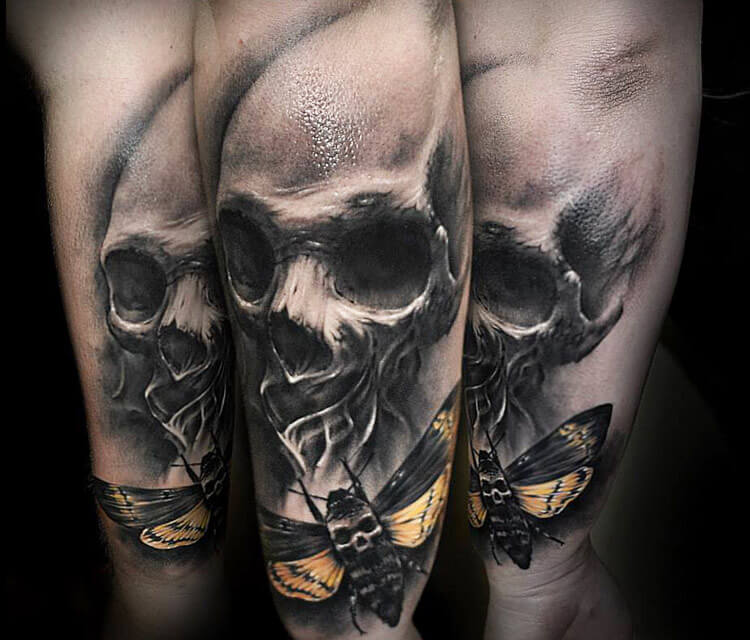 Skull tattoo by Benjamin Laukis