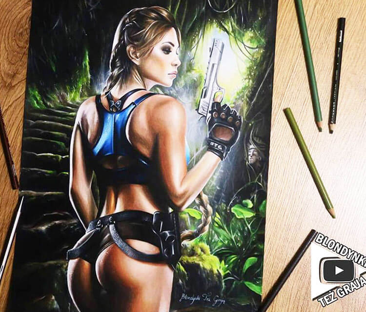 Lara Croft pencil drawing by Blondynki Tez Graja