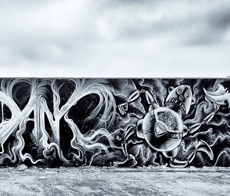 Robot Spectre streetart by Dan DANK Kitchener