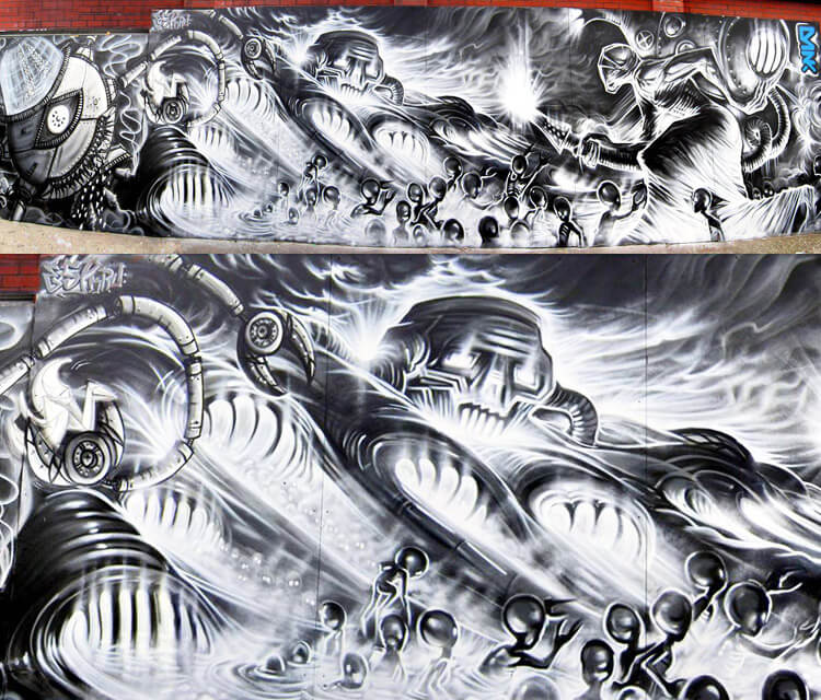 Robot war streetart by Dan DANK Kitchener