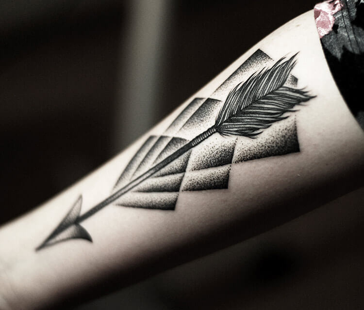 Arrow dotwork tattoo by Kamil Czapiga