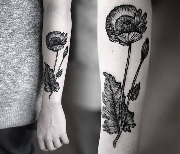 Flower dotwork tattoo by Kamil Czapiga
