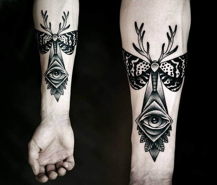 Dotwork tattoo by Kamil Czapiga