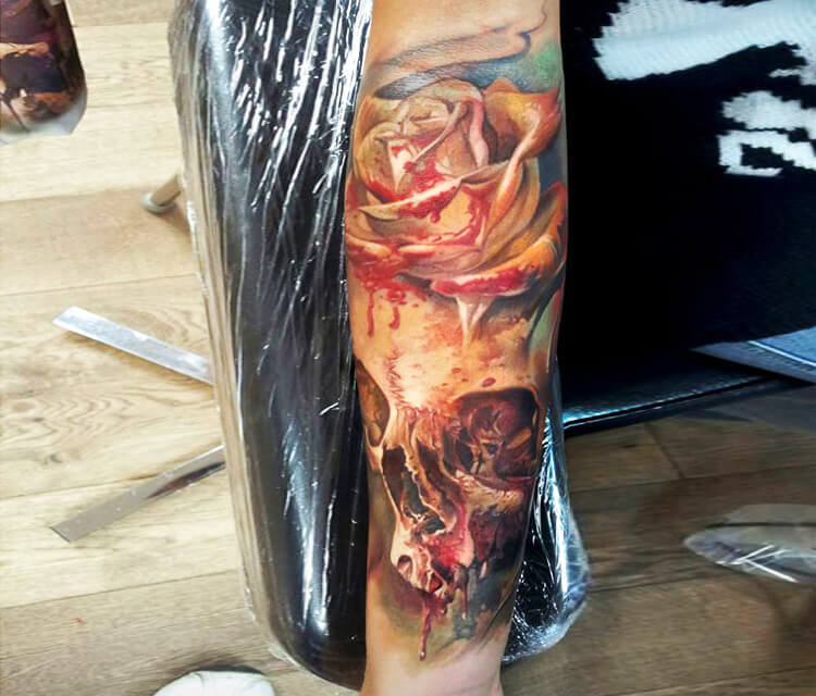 Bloody skull tattoo by Led Coult