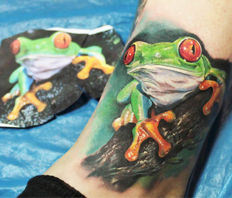 Green Frog tattoo by Led Coult