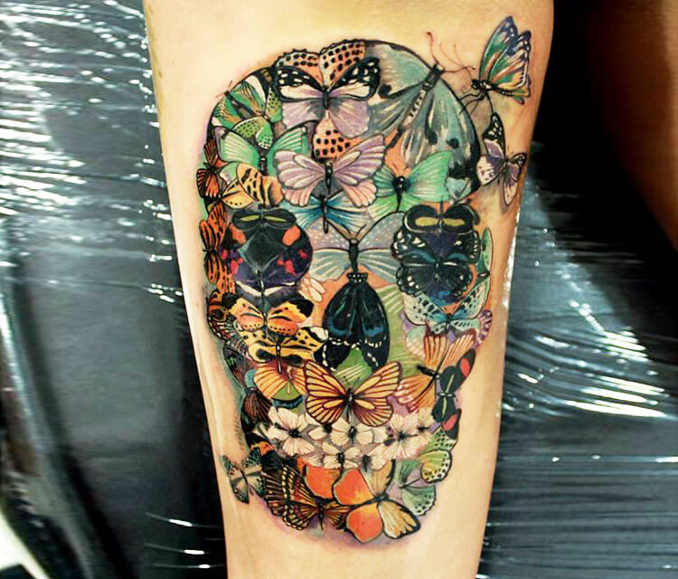 Insect skull tattoo by Led Coult