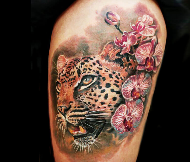 Leopard flowers by Led Coult