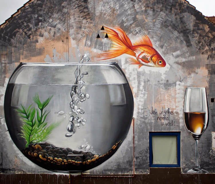 No comfort in the water streetart by Lonac Art