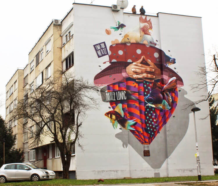 Surrealistic streetart by Lonac Art and Artez