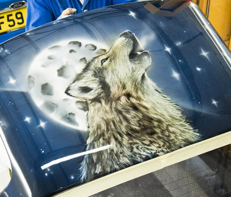 Howling Wolf Airbrush by Mr Shiz