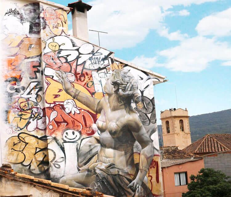 Mural in Fanzara streetart by Pichi & Avo