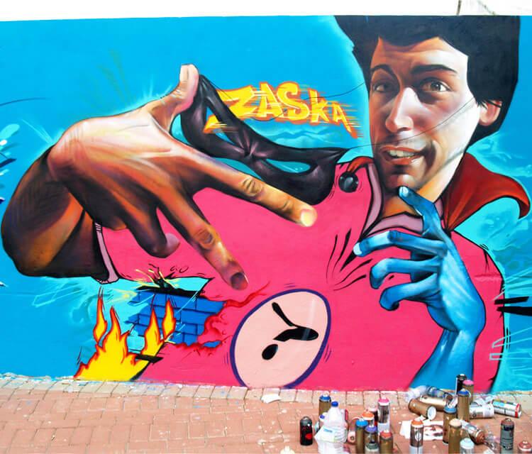 Mural streetart by Pichi and Avo