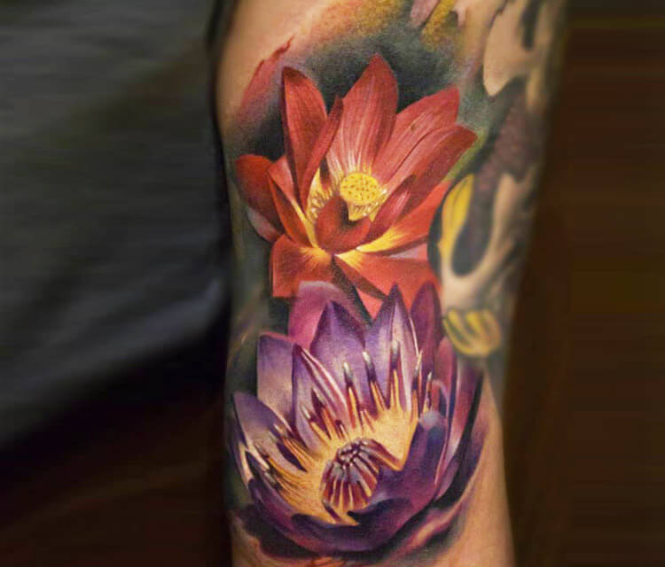 Flowers tattoo by Sergey Shanko