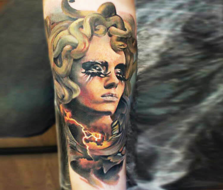 Medusa tattoo by Sergey Shanko