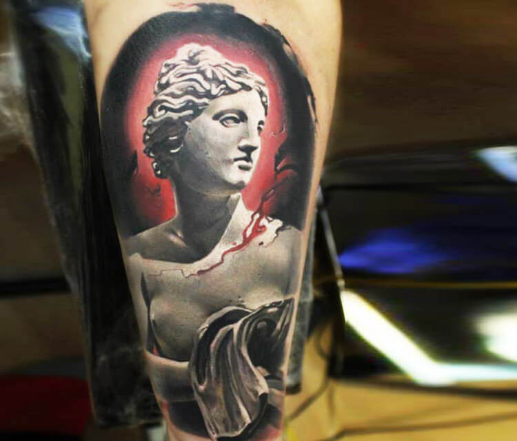 Sculpture venus tattoo by Sergey Shanko