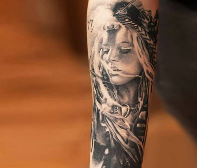 Squaw black and white tattoo by Sergey Shanko