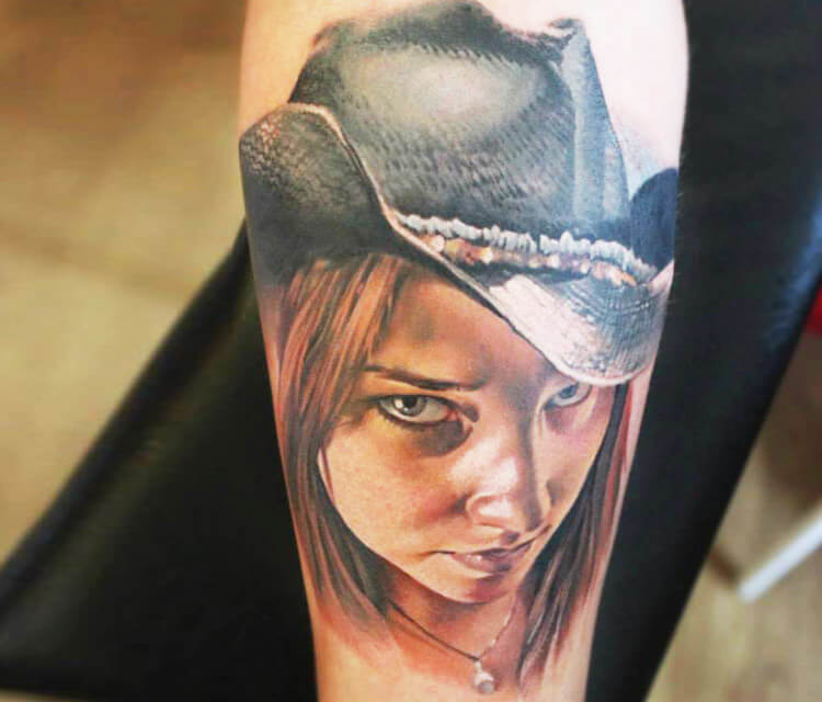 Western Girl tattoo by Sergey Shanko
