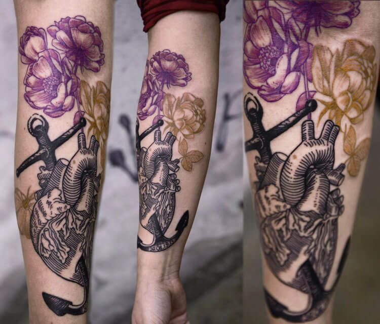Heart and flowers tattoo by Timur Lysenko