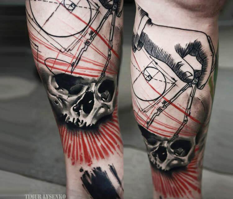 Trash skull tattoo by Timur Lysenko