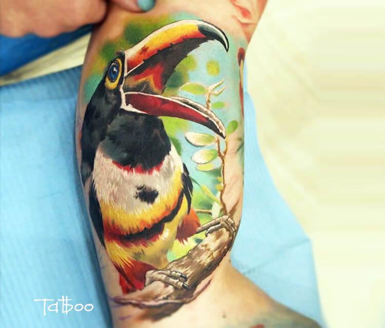 Parrot tattoo by Valentina Ryabova