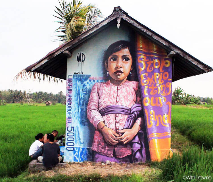 Lima Pulu streetart by Wild Drawing