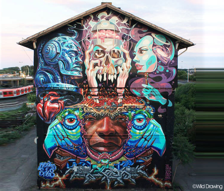 Meeting of styles streetart by Wild Drawing