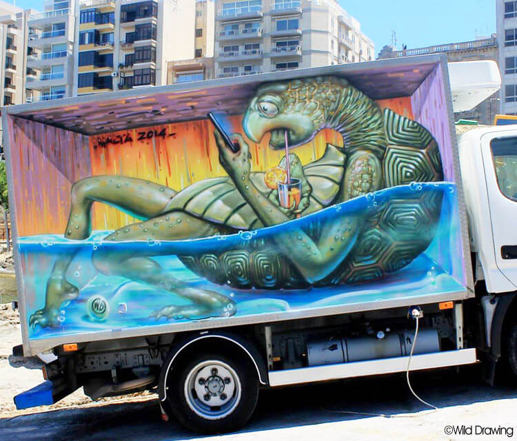 Summertime streetart by Wild Drawing