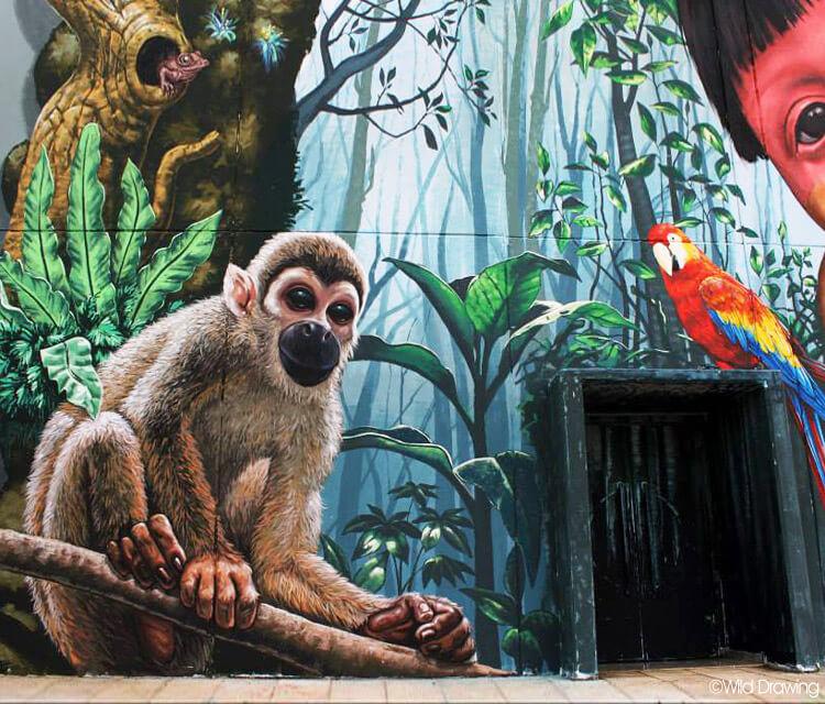 Tribute to Amazon streetart by Wild Drawing
