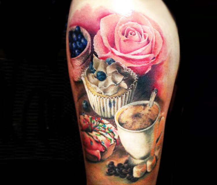 Cakes and coffee tattoo by Zsofia Belteczky