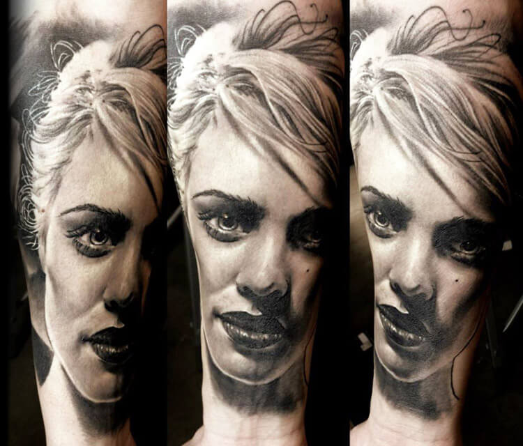 Woman Portrait black and grey tattoo by Zsofia Belteczky